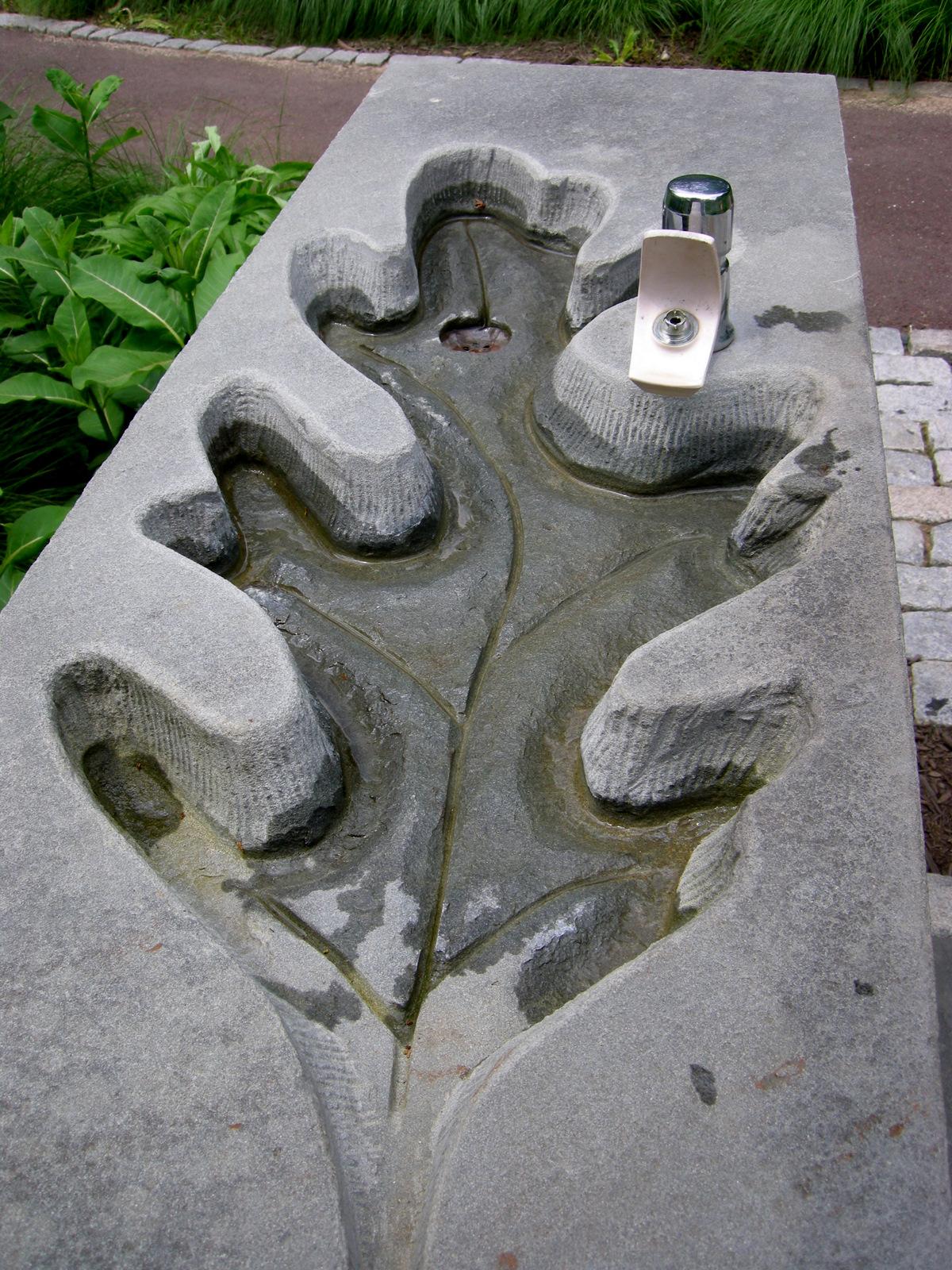 Chanticleer part 2 garden seating carolyn 39 s shade gardens for Making a concrete birdbath