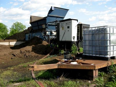 Moriuchi compost 5-25-2014 5-16-29 PM