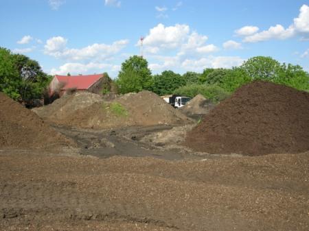 Moriuchi compost 5-25-2014 5-23-41 PM